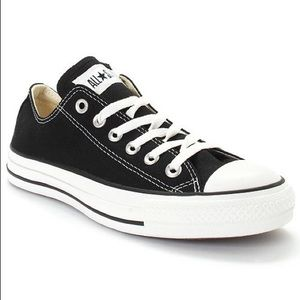 Women's Chuck Taylor All Star Ox Sneakers 5.5